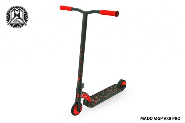 Madd MGP VX8 Pro Black - Scooter freestyle de nivel iniciación